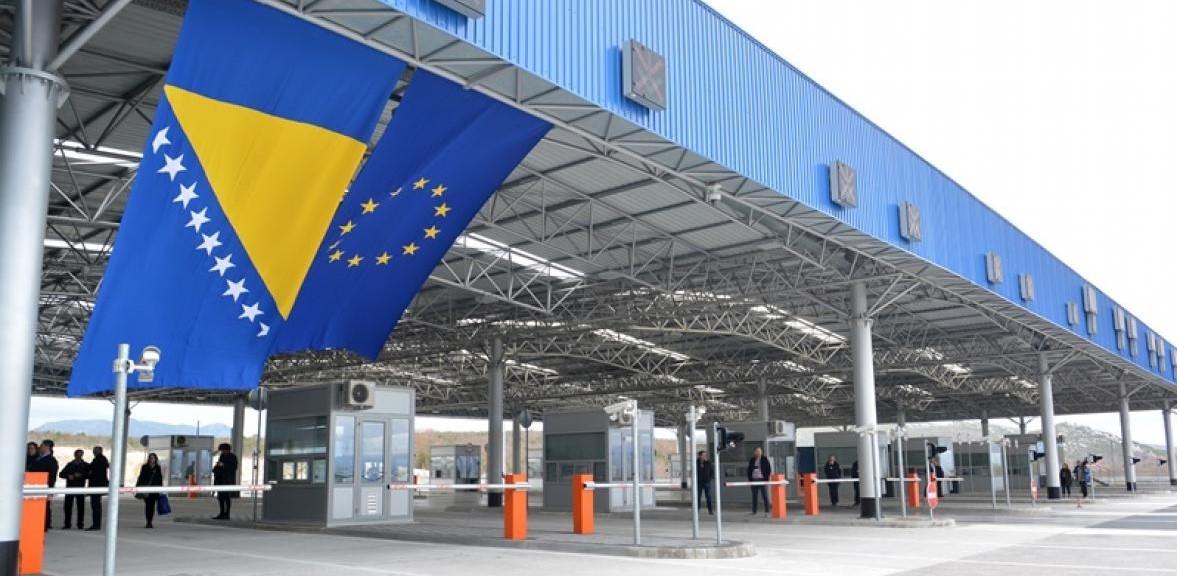 Od danas u BiH mogu svi državljani EU uz negativan test na koronavirus