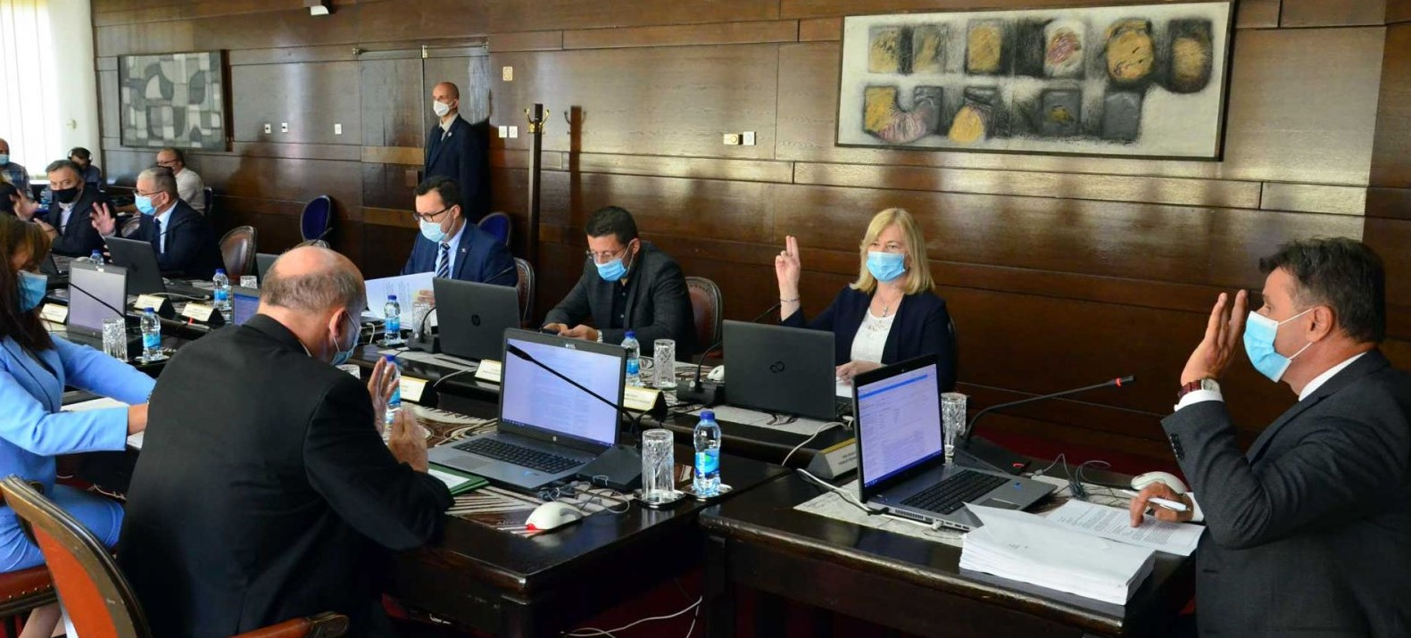 Novi set mjera: Vlada FBiH za ublažavanje ekonomskih posljedica pandemije osigurala 100 miliona KM