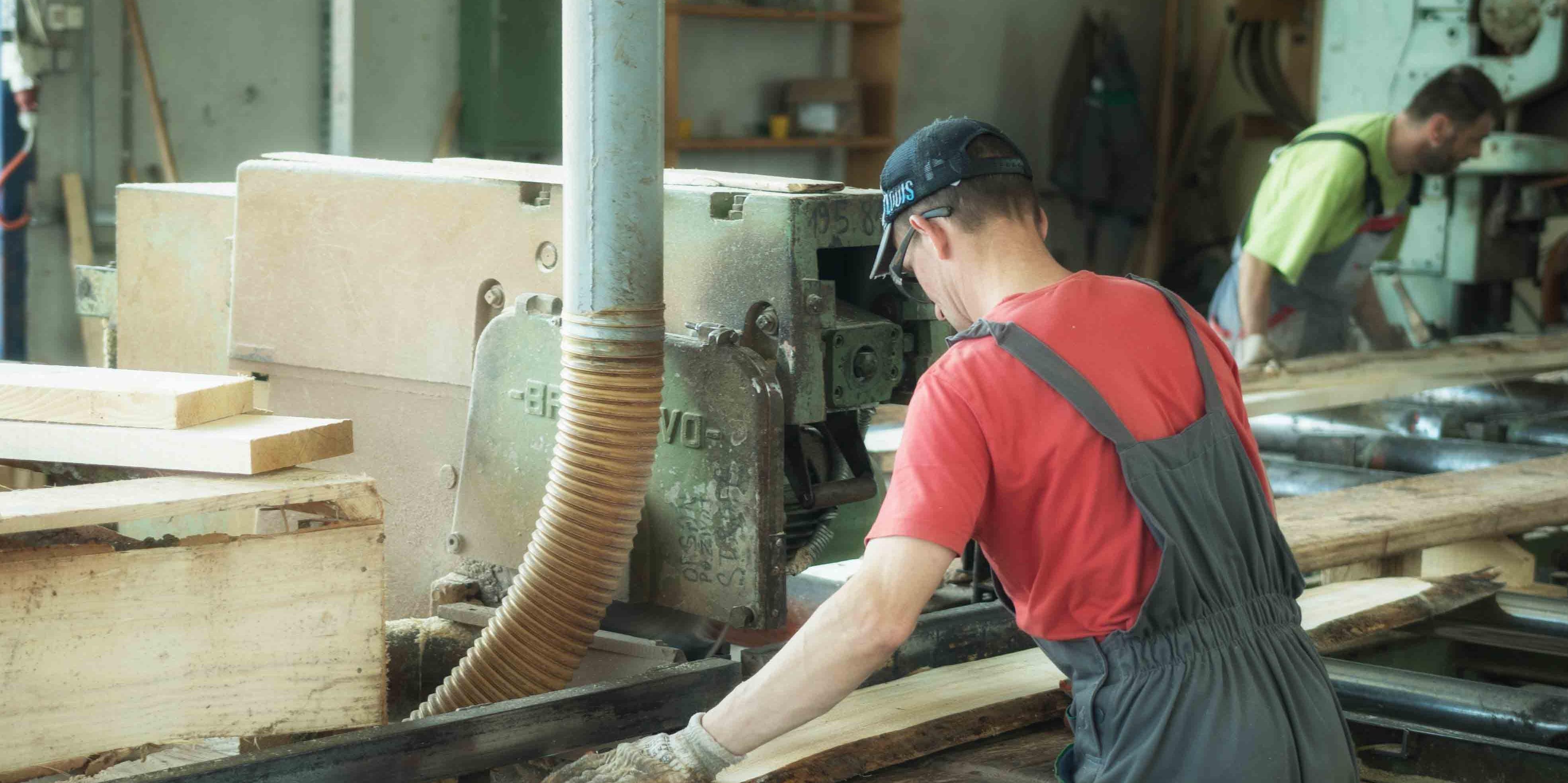 Preveden 21 prioritetni standard iz oblasti drvoprerade, metaloprerade i zavarivanja