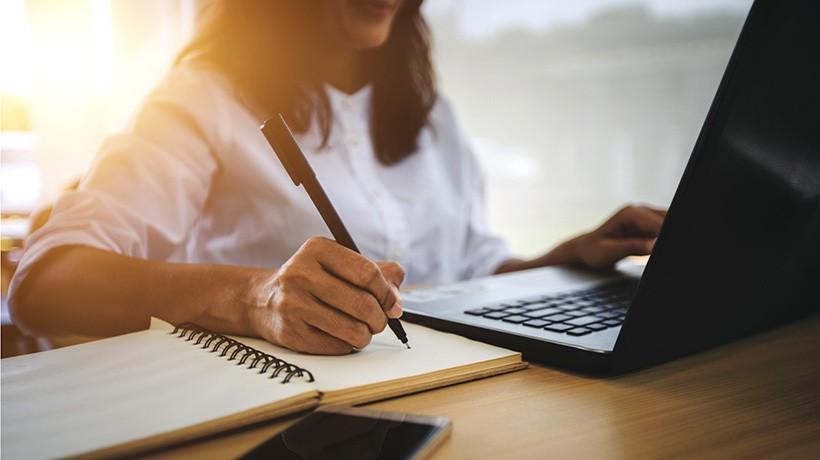 """Poziv na online edukaciju """"Promjene i obavezne procedure koje 2021. godine uvodi UIO/UINO BiH vezane za digitalni potpis i NCTS (carinu bez papira)"""""""