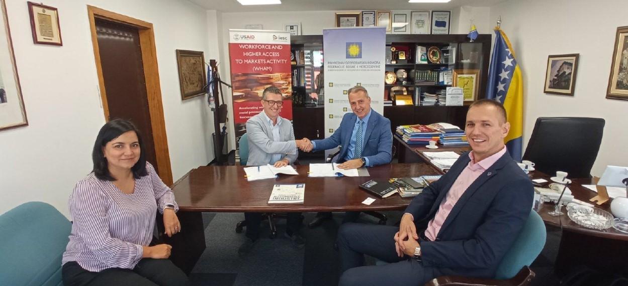 Privredna/Gospodarska komora FBIH potpisala ugovor sa USAID WHAM – Privredna komora USK jedan od partnera na projektu
